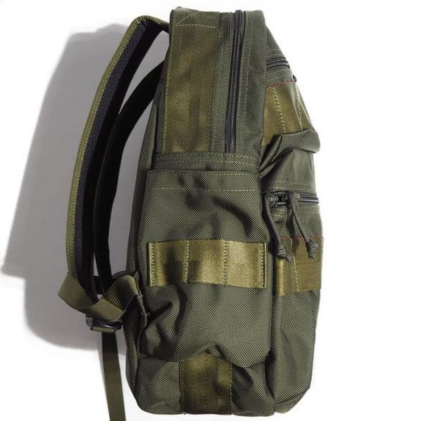 BRIEFING(ブリーフィング) ATTACK PACKのサイドポケット