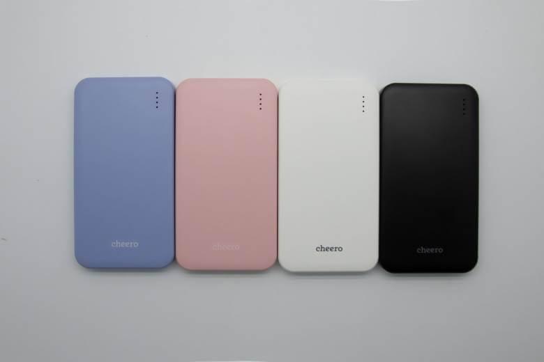 cheero Bloom 10000mAhはブラック・ホワイト・ピンク・ブルーの4色