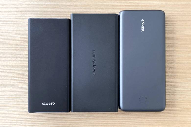 cheero Power Plus 5 20000mAh PremiumとAnkerとRAVPowerのサイズ比較