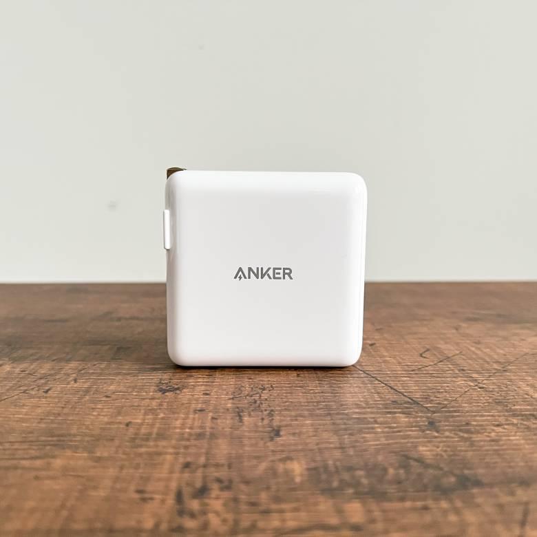 Anker PowerPort III 2-Port 100Wのカラーはホワイト